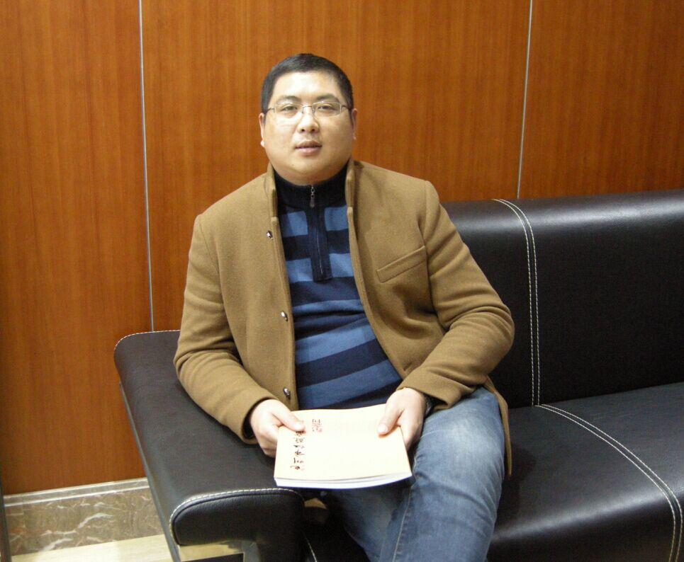 常务理事冯文书(美迪乐英语培训学校总经理)