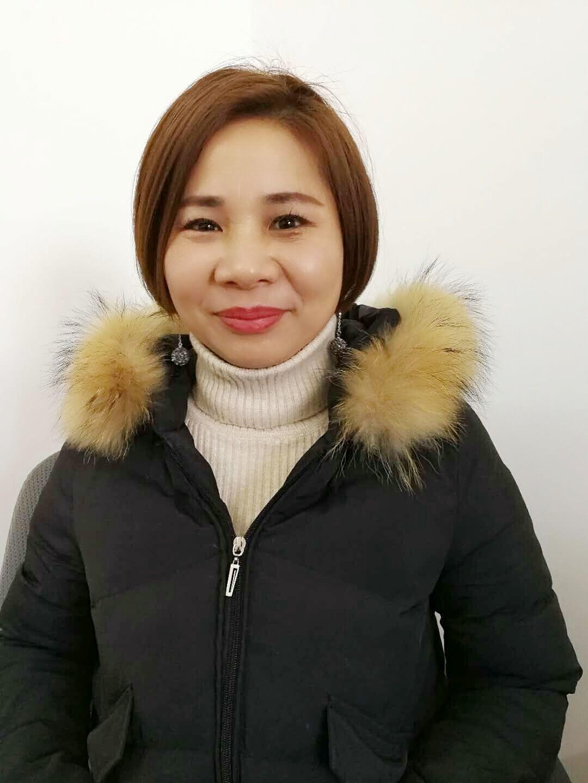 理事侍尧梅(古井贡酒驻千赢官方网站办事处经理)